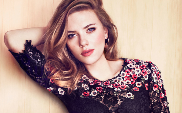 Scarlett-Johansson-2125-1426141045.jpg
