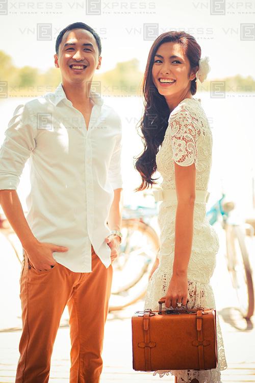 Váy ngắn trẻ trung của sao Việt khi chụp ảnh cưới