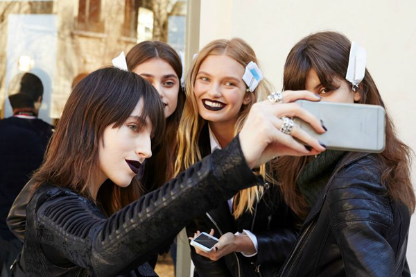 Black-lipstick-5135-1426234512.jpg
