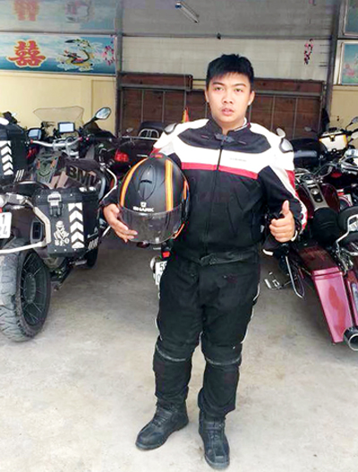 Phung-dua-moto-2361-1426216633.jpg
