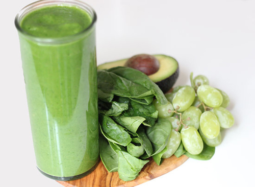 Sweet-Spinach-Smoothie-9650-1426238895.j