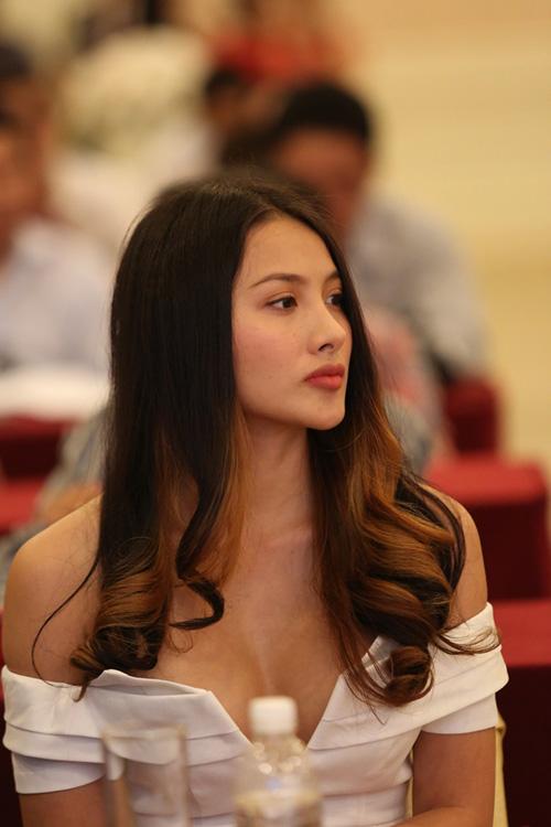 Yaya-Truong-Nhi-8849-1426493360.jpg