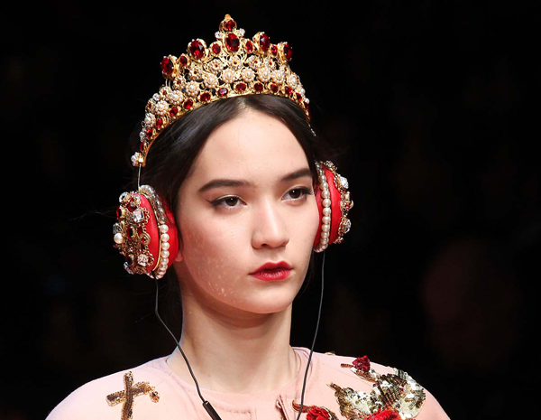 Dolce-Gabba-headphone-2-4805-1426580192.