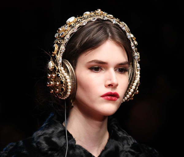 Dolce-Gabba-headphone-4-9288-1426580192.