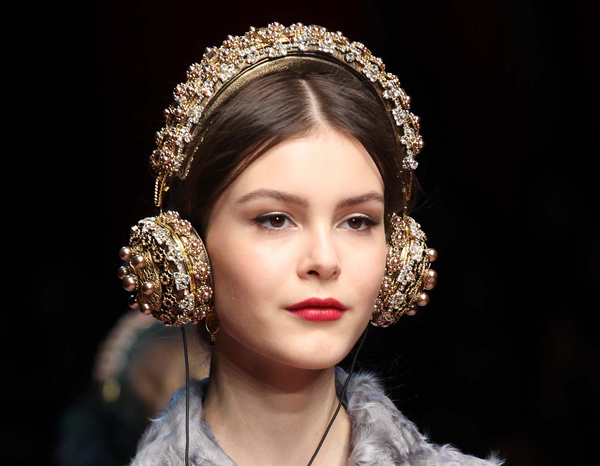Dolce-Gabba-headphone-7-7872-1426580192.