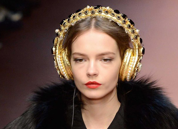 Dolce-Gabba-headphone-9-7408-1426580193.