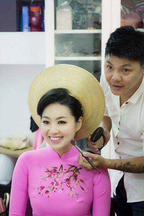 Kiểu tóc tôn chiều cao cho cô dâu