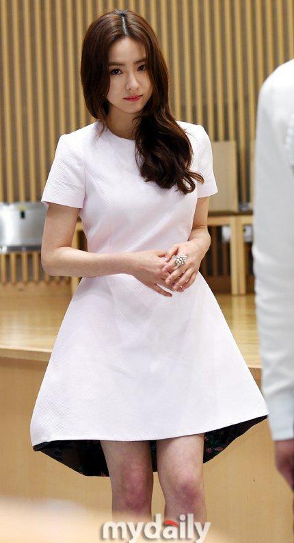 shin-se-kyung-3-8493-1427704874.jpg