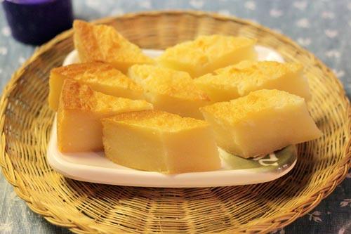Món bánh của người miền Nam với khoai mỳ dẻo, đậm đà thêm cả vị beo béo của nước cốt dừa không khó làm mà lại ngon miệng.