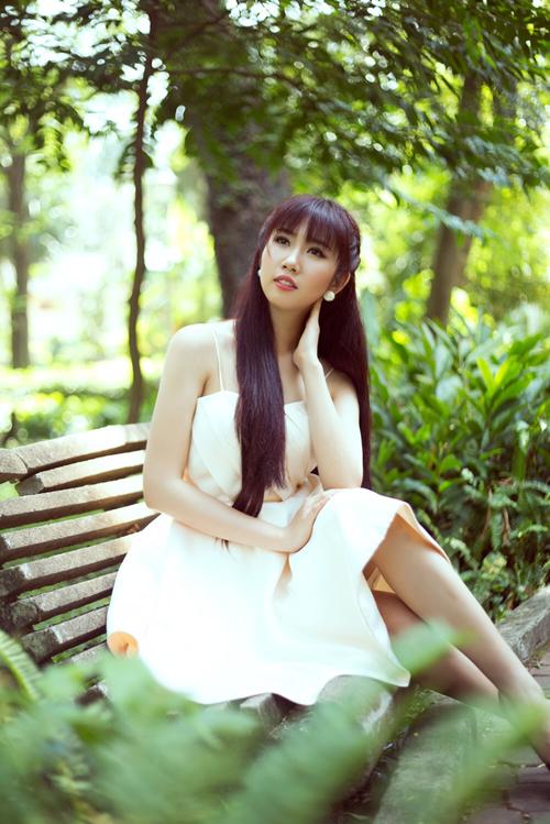 thuy-ngan-3-5588-1427800881.jpg