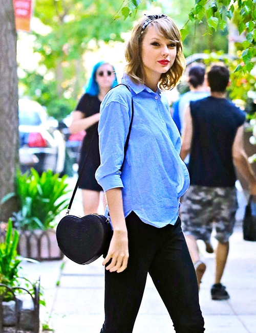 The-Many-Bags-of-Taylor-Swift-1939-3755-
