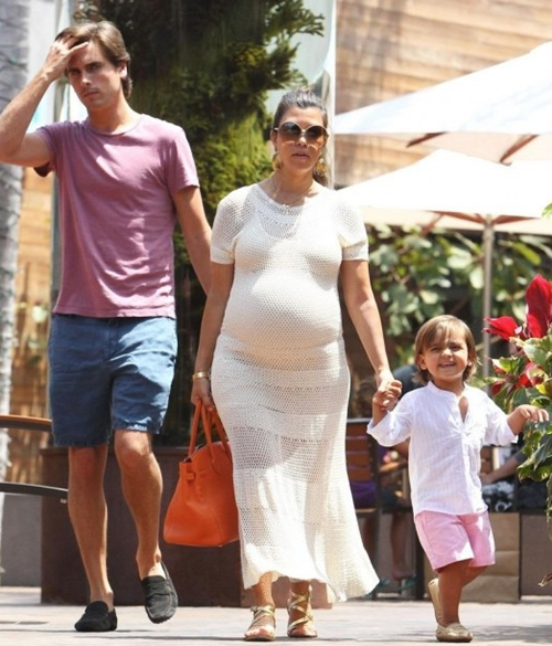 kourtney-kardashian-scott-disi-2014-2214