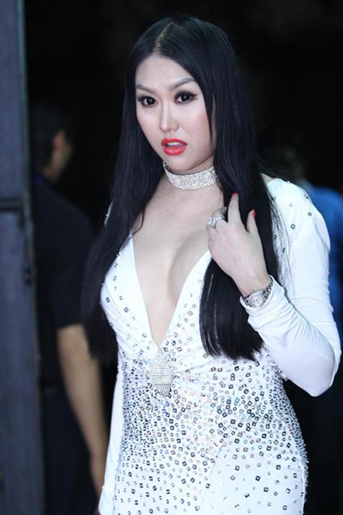 Phi-Thanh-Van-2-7088-1428048335.jpg