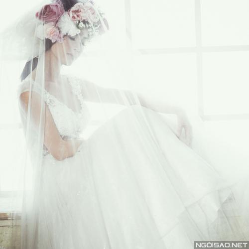 Mai Hồ đẹp mong manh khi làm cô dâu