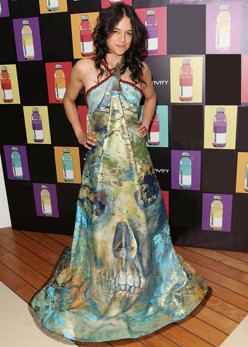 Michelle-Rodriguez-Dresses-Ski-3999-8331