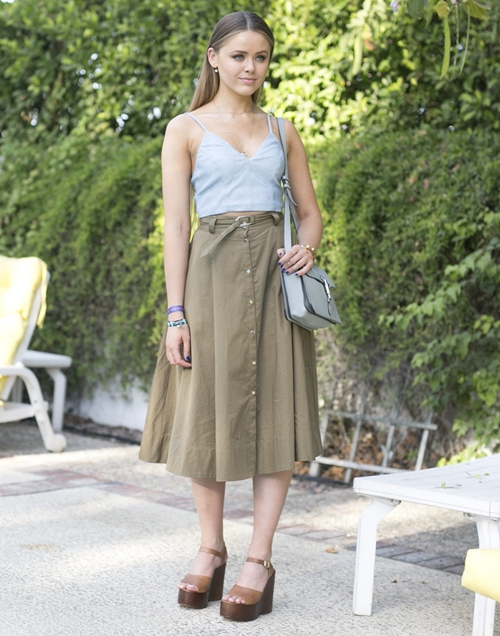 Neutral-wedges-elevated-look-t-7003-6436