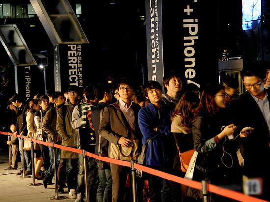 Người Hàn Quốc luôn xếp hàng chờ tới lượt mình.