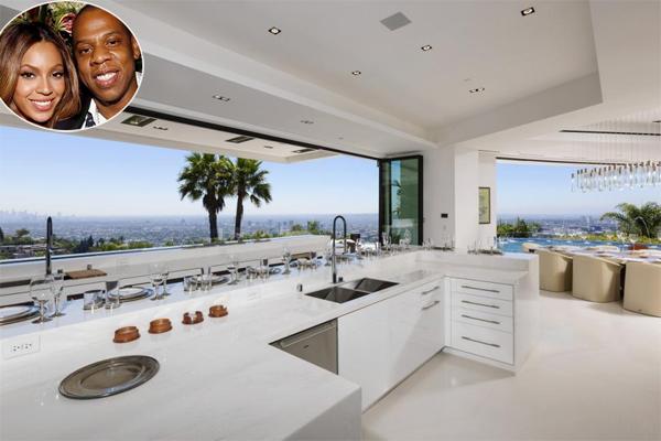 Phòng ăn đẹp như mơ trong biệt thự 85 triệu USD (300 tỷ đồng) của vợ  chồng Beyonce ở Beverly Hills.