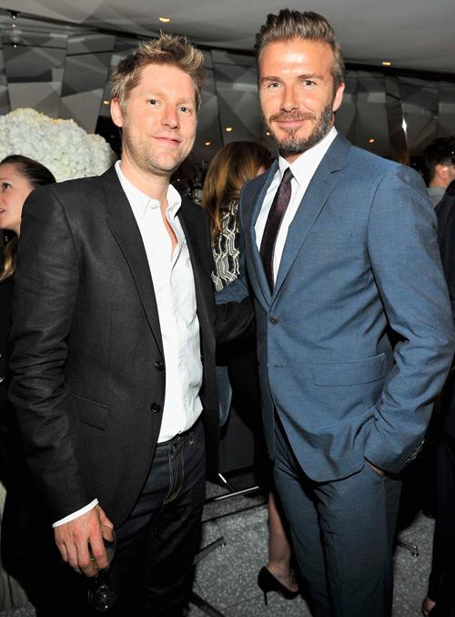 Becks và Christopher Bailey, Giám đốc sáng tạo của nhãn hiệu thời trang Burberry