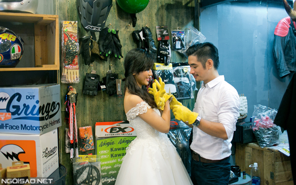 Bộ ảnh cưới sáng tạo của cặp đôi mê xe môtô