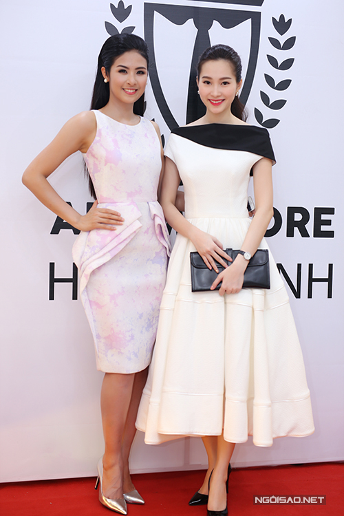 Tối 20/4, Thu Thảo đến chúc mừng Ngọc Hân mở cửa hàng thời trang nam tại TP HCM.