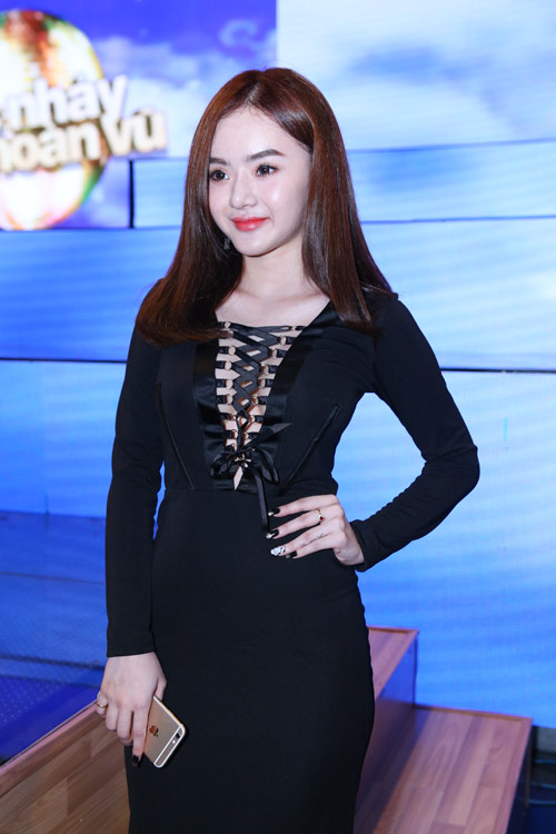 2-Phuong-Trang-chung-ket-BNHV-9038-14296