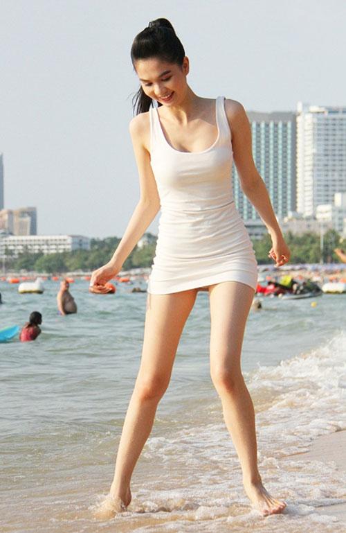 Ngoc-Trinh-7984-1429782757.jpg