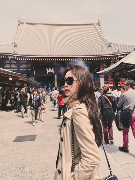 Hoa hậu Việt Nam 2014 Kỳ Duyên đăng tải trên trang cá nhân những bức  ảnh ghi lại khoảnh khắc thú vị tại đất nước mặt trời mọc. Nhan sắc gốc Nam   Định lên đường sang Nhật Bản công tác vào giữa tháng.