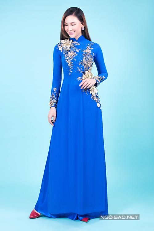 Chọn áo dài cưới sắc xanh cho mẹ uyên ương