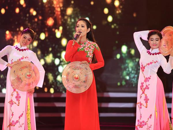 Dấu Ấn đã có một liveshow đặc biệt với nhân vật chính là nữ ca sĩ  chiến sĩ Thanh Thúy vào tối ngày 2/5 tại Nhà thi đấu Nguyễn Du, nhân sự kiện 40 năm giải phóng miền Nam thống nhất đất nước và 125 năm ngày sinh chủ tịch Hồ Chí Minh. Đây là lần đầu tiên, chương trình thực hiện một liveshow dành cho nhạc đỏ - vốn được xem là dòng nhạc kén với thị hiếu khán giả đại chúng.
