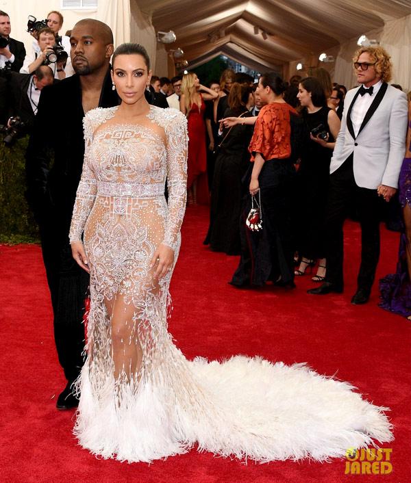 7-Kim-Kardashian-1700-1430807931.jpg
