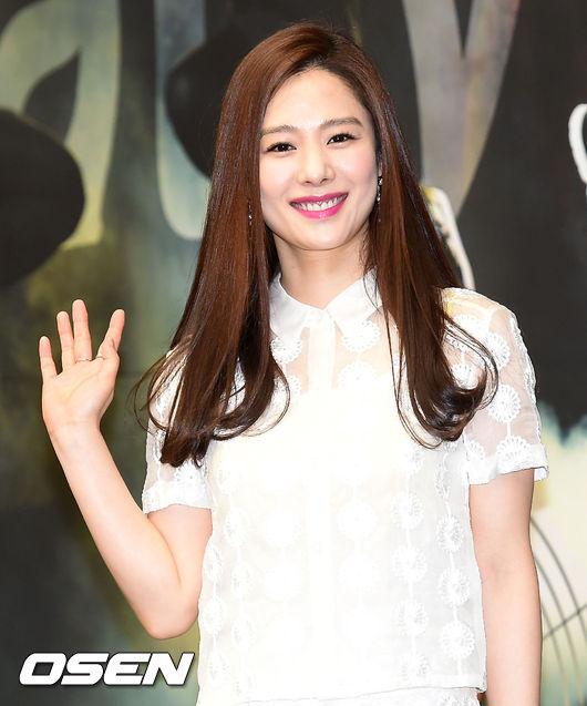 kim-hyun-joo-1-9455-1430887237.jpg