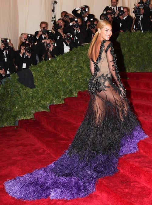 2-Beyonce-2012-Met-Gala-1891-1430974478.
