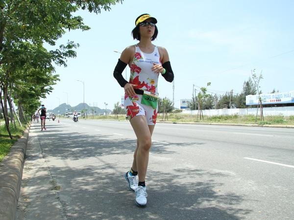 [Caption] Ở Việt Nam chỉ có 8 nữ, 4 cá nhân và 4 đồng đội, chị My là một trong 4 người tham gia đồng đội.
