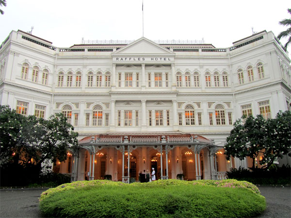 Raffles Singapore khach san sang trong nhat dao quoc su tu