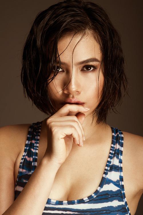 Sau khi chia tay với Philip Nguyễn - em chồng Tăng Thanh Hà, Hoàng My vẫn chưa có bạn trai mới và hầu hết thời gian cô đều tập trung cho việc du học tại Mỹ.