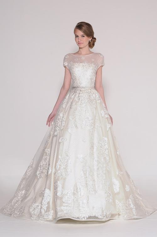 Váy cưới `tái chế` tuyệt đẹp của Eugenia Couture