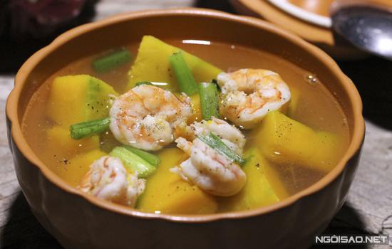Món ăn từ những nguyên liệu thông dụng, vị ngọt nhẹ và bổ dưỡng, thích hợp cho bữa cơm hằng ngày.
