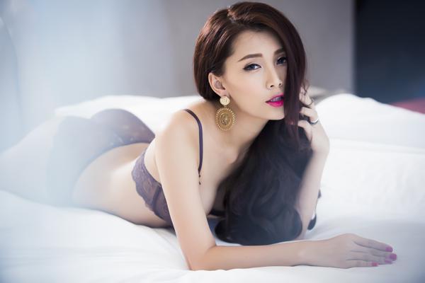 Lan Hương tung bộ ảnh nóng bỏng với nội y
