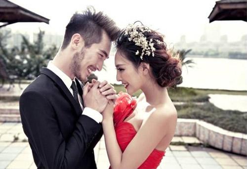 Trai tân cãi lời gia đình để cưới gái nạ dòng