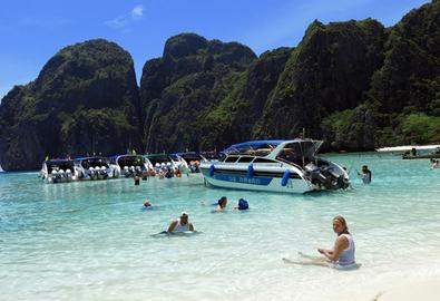 Đến thiên đường biển Phuket với chi phí cực rẻ
