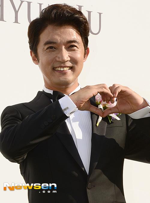 ahn-jae-wook-1-1885-1433147743.jpg