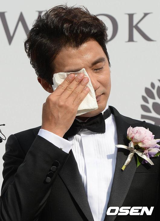ahn-jae-wook-4-8094-1433147743.jpg
