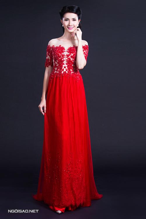 Phan Thị Mơ diện áo dài cưới, làm cô dâu kiêu sa