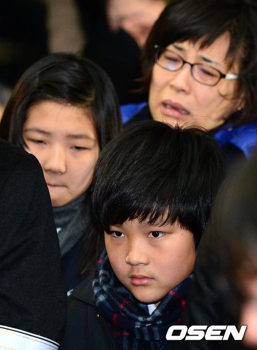 Con Choi Jin Sil vẫn tổn thương sau 7 năm cha mẹ tự vẫn