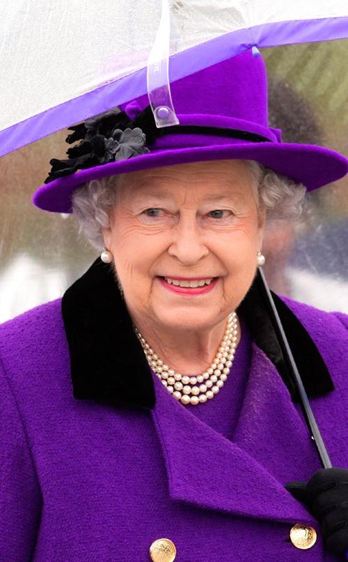 rs-634x1024-150529111350-634-Queen-Eliza