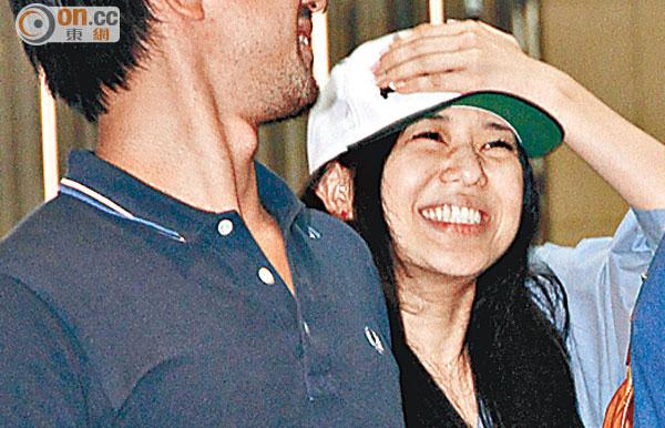 Biểu tượng phim 'nóng' Nhật Bản xuống sắc tuổi 32