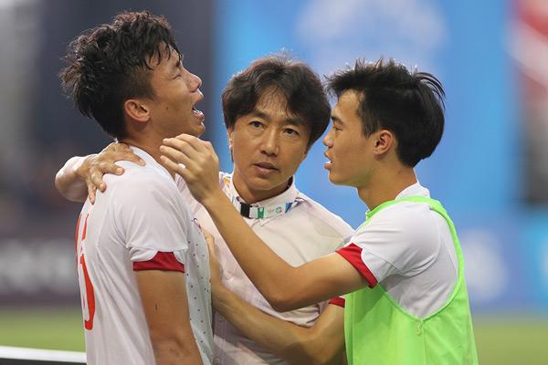 Trong cuộc họp báo trước trận bán kết, đội trưởng U23 Việt Nam hứa với người hâm mộ rằng sẽ thi đấu tốt để vào chung kết