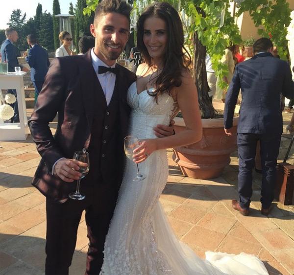 Tiền đạo Liverpool, Fabio Borini, tổ chức hôn lễ với cô bạn gái người mẫu Erin O