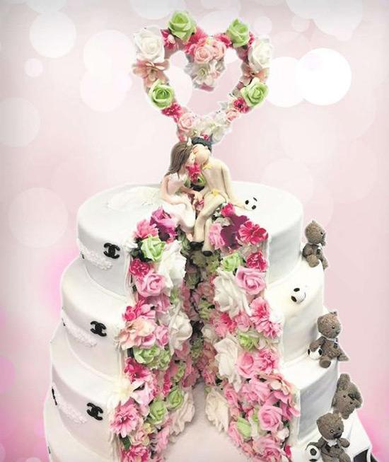 Bánh cưới trong hôn lễ của sao Dortmund.